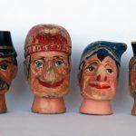 Kasperpuppen aus Holz, circa 1950-60. Vor.